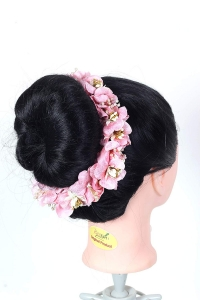 Flower Hair Bun Beautiful Hair Gajra Accessories For Women, Artificial flower Gajra Hair Bun for Occasion/Festival 20 Gram, (Light pink, Pack of 1)