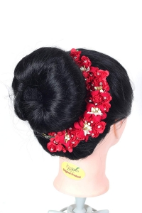 Flower Hair Bun Accessories Beautiful Hair gajra with Red flower bun Accessories For Women, Artificial gajra Hair Bun accessories for Occasion/Festival, Red, Pack of 1)